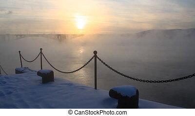 Bridge, mist 014