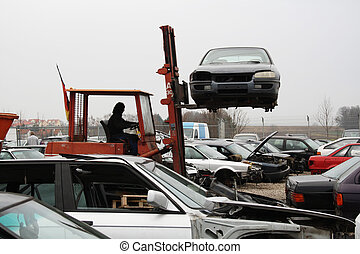 car parts for truck brings unscrew - scrap yard for car...