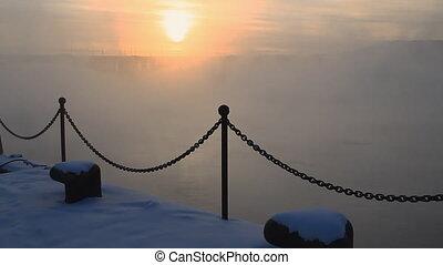 Bridge, mist 015