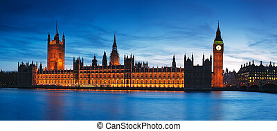 Houses of Parliament. London - Night view of Houses of...