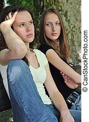 Friends (teenage girls) in conflict