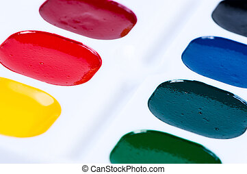 Childs Colourful Paint Set - A colourful unused set of...