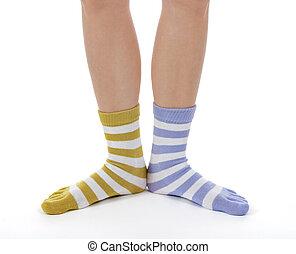 divertido, piernas, calcetines, diferente, colores