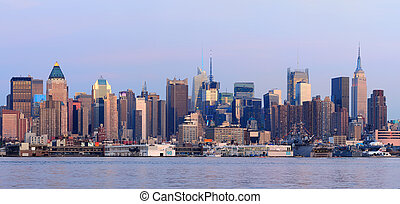 New York City Manhattan sunset pano