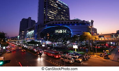 Timelapse - Bangkok Cityscape - Timelapse - Traffic in front...