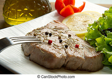 tuna filet with salad