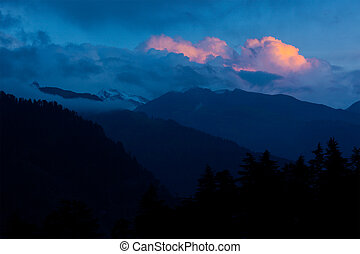 Sunset in Himalayas. Manali, Kullu Valley, Himachal Pradesh,...