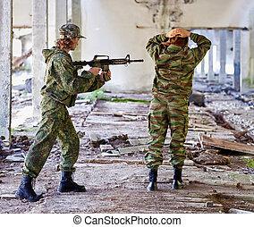 Women in war - the prisoner - Women in war - the capture of...