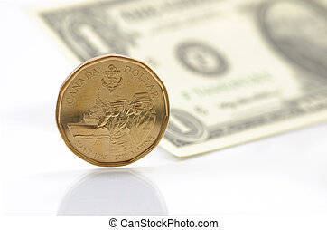 One dollar differ between US and Canadian money