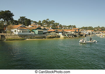 Arcachon - View of Arcachon bay village