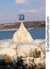 frozen mountain geneve suisse - frozen mountain lac geneve...