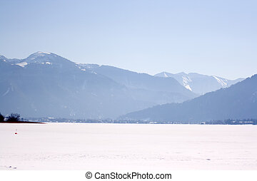 winter idyll - Views of the Tegernsee in the Tegernsee...