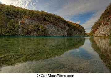 Lake at Plitvicka Jezera - Plitvice - Lake, mirror and...