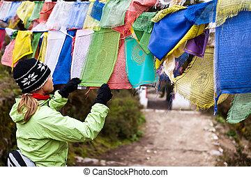 lettura, bandiera, donna,  Nepal, preghiere