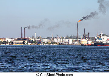 Refinery pollution - Air polution generated by oil refinery...