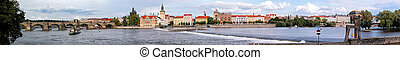 Praga Panorama - Big panoramic view of praga with Charles...