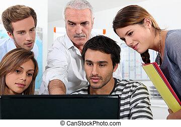 velho, estudantes, professor, recolhido, redondo, computador