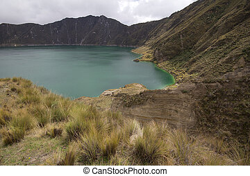 Quilotoa Lake - Quilotoa and crater vegetation, Ecuador