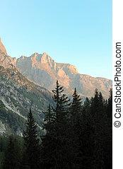 Mountains, kväll