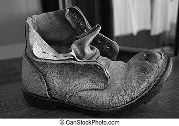 mina, zapato