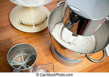 Robot cocina ingredientes imagenes stock photo 14 robot for Robot de cocina para amasar