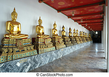 Row of the sacred Buddha image in t