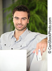 Man shopping on-line