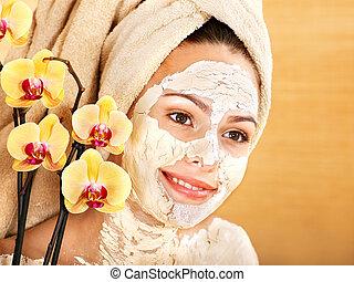 Natural homemade clay facial masks - Natural homemade clay...