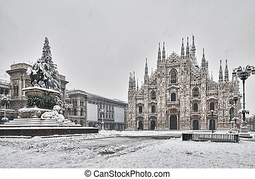 Dome of Milan under the snow in HDR - The public square Dome...