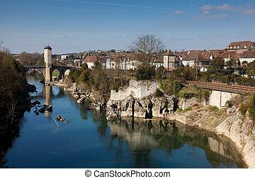 River Gave de Pau, Orthez, Pyrenees Atlantiques, Aquitaine,...