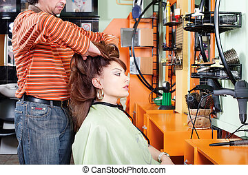 Had massage in hair salon - Hairdresser give a had massage...