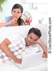Surprising boyfriend with gift