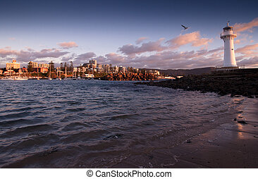 lighthouse sunrise at wollongong - tranquil sunrise at the...