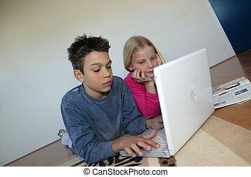 laptop, crianças, trabalhando