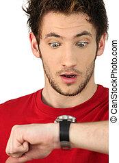hombre, choque, Mirar, el suyo, reloj