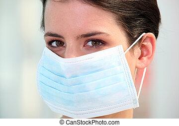 Enfermera, Llevando, quirúrgico, máscara