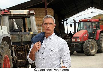 Um, agricultor, posar, seu, Tratores