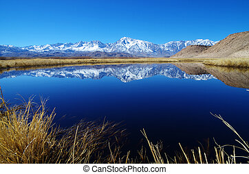 Sierra Mountain Reflection - Sierra Mountain reflection in...