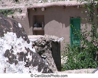 Mud brick homes in Afghan village - Mud brick homes in an...