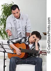 プレーしなさい, 彼の, ギター, 父, 息子, いかに, 教授