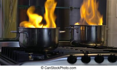 home disaster: food getting burnt i - Home disaster: pans...