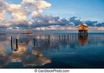 Home on the Ocean in Ambergris Caye Belize