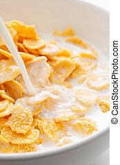 Cornflakes with milk