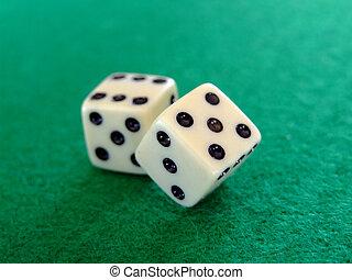 Gambling dice 04
