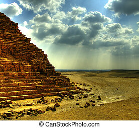 pyramids of giza 25 - one of the great pyramids of giza in...