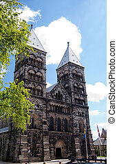 Lund Cathedral 01 - A view of the very impressive looking...