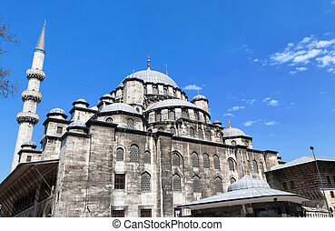 yeni cammii mosque 01 - A view of the majestic yeni cammii...