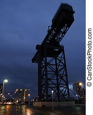 glasgow dock crane 01 - a night time view of the finnieston...
