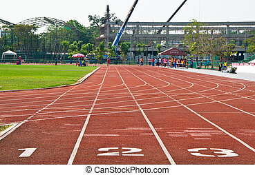 Running track number in front of tracks