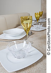 Place settings on a table - Place settings on a breakfast in...